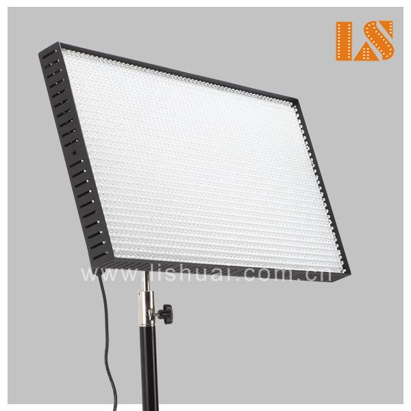 12000Lm Outdoor LED Light Panel For Photography TV Studio Lighting