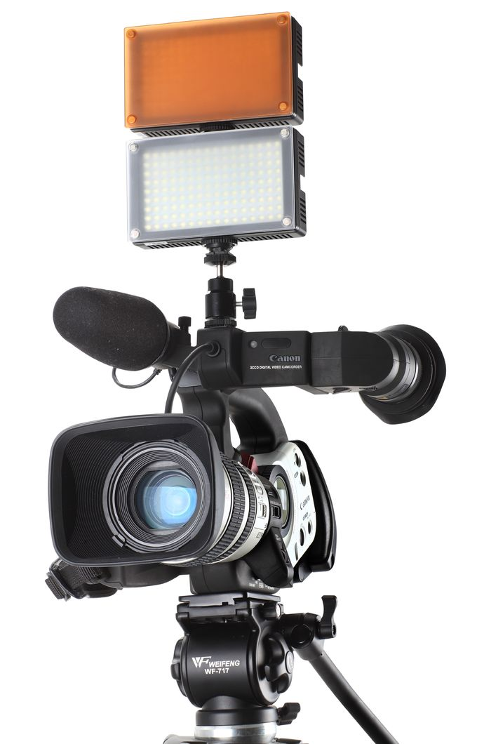Rechargeable Portable Led On Camera Light With Plastic Housing